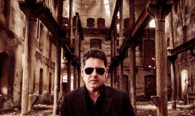 Se ve imagen de Jose Ignacio Lapido concierto Granada fin de gira El alma dormida